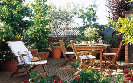 8 απλά βήματα για να δημιουργήσεις έναν κήπο στο μπαλκόνι σου